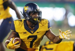 NCAA Football: Towson at West Virginia